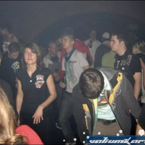 Mininmal Monkeys Party